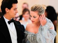 "Lili reinhart and cole sprouse arrive at the metropolitan museum of art costume institute gala (met gala) to celebrate the opening of ""heavenly bodies: Watch Riverdale, Bughead Riverdale, Riverdale Funny, Betty Cooper, Alice Cooper, Stranger Things, Riverdale Betty And Jughead, Lili Reinhart And Cole Sprouse, Cole Sprouse Funny"