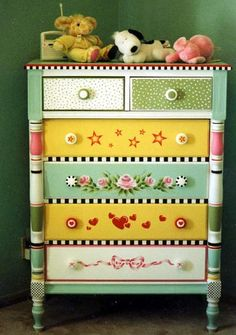 DIY PAINTED CHEST Humble Art Studio.