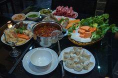 Yushan Fang, fondue chinoise à volonté 32, rue d'Hauteville – 10e Restaurant entièrement privatisable Tél. : 01 47 70 96 74