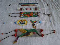 Colibríes y otras manillas de la Libélula Beaded Earrings, Beaded Bracelets, Peyote Patterns, Loom Beading, Bead Art, Jewelry Making, How To Make, Leather, Jewelry Ideas