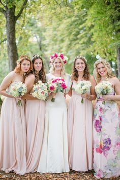 Bride & Bridesmaids in flower crowns