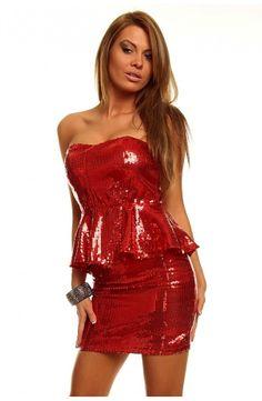 Uff!! Rød! We like :D Peplum kjoler har været et hit i noget tid nu og er det stadigvæk. Du finder ikke en kjole mere festlig end denne! http://youshoe.dk/toj/599-glitter-peplum-dress.html