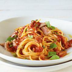 Shrimp Recipes Easy, Fish Recipes, Easy Dinner Recipes, Tuna Pasta, Tuna Pie, Pasta Food, Shrimp Pasta, Spaghetti Recipes, Fettuccine Alfredo