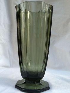 Art deco - gefacetteerde glazen vaas Josef Hoffmann