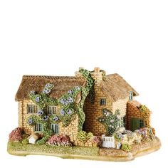 A delightful tribute to mothers everywhere and makes a perfect gift for Mothers Day too. Mothers Garden in Bloom, from Kingham, Oxfordshire. Each figurine comes in its own colour branded gift box and dedicated deed card. #LilliputLane #MothersDay #MothersGarden