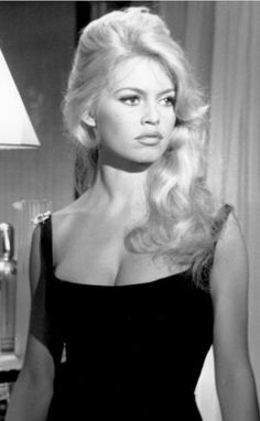 Bridgitte Bardot, Glamour Hollywoodien, Hollywood Glamour, Old Hollywood, Hollywood Icons, Hollywood Fashion, Brigitte Bardot Style, Bridget Bardot Hair, Actrices Sexy