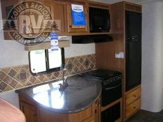 2013 CrossRoads Sunset Trail ST31BH Travel Trailer**like the insert for the sink so it is a full counter top**