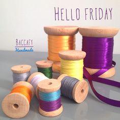 """Hellö Friday  #baccafy #ahsapmakara #ahsapdikismakarasi #ahsapbobin #woodbobbin #bobin #bobbins #dikis #nakis #crossstitch #crossstitcher #hoopart…"" Hello Friday, Crossstitch, Place Cards, Place Card Holders, Wood, Crafts, Handmade, Cross Stitch, Punto De Cruz"