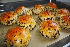 Schoki - Schokobrötchen, ein raffiniertes Rezept aus der Kategorie Brot und Brötchen. Bewertungen: 256. Durchschnitt: Ø 4,5.