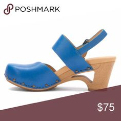 """Dansko Thea Sky Blue vgc Cut Out Heel clogs Love love love these. Chic and playful at once. Padded insole makes them super comfortable. See all pics. No real issues. Could benefit from a touch of polish but otherwise very good. size 39 3"""" heel 3/4"""" platform. Dansko Shoes Mules & Clogs"""