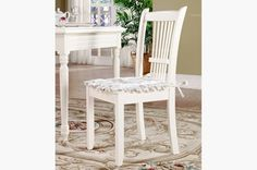 Hanfeier Country style white wooden dining chair - MelodyHome.com