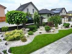 90 Simple and Beautiful Front Yard Landscaping Ideas on A Budget - LivingMa. - mit kleinem Budget 90 Simple and Beautiful Front Yard Landscaping Ideas on A Budget - LivingMa. Cheap Landscaping Ideas, Landscaping Supplies, Small Backyard Landscaping, Mulch Ideas, Privacy Landscaping, Rock Landscaping, Landscaping Software, Backyard Ideas, Modern Front Yard
