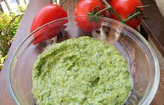 pesto facut in casa Pesto, Baby Led Weaning, Mozzarella, Guacamole, Mousse, Mai, Good Food, Food And Drink, Mexican