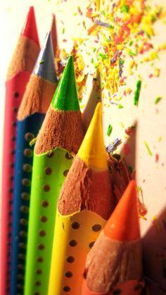 I love pretty pencils.
