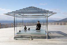 光と調和、ガラスの茶室 京都・将軍塚青龍殿で公開 - 吉岡徳仁