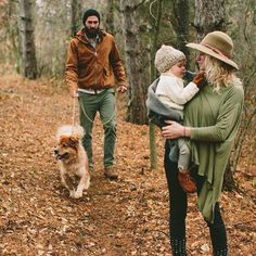 Family walk in the woods Fall Family, Family Love, Family Portraits, Family Photos, Family Posing, Family Goals, Kind Mode, Baby Fever, Future Baby
