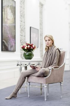 Downtime in stunning EMMAJANE KNIGHT 100% cashmere taupe sweatshirt, sweatpants, shawl and socks at @gracebelgavia atrium