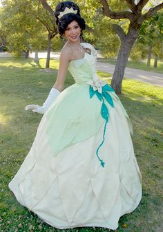 Party Princess Productions provides party characters like Princesses, Superheroes & Storybook Characters for Kid's Birthday Parties & Events. Frog Birthday Party, Birthday Ideas, Birthday Parties, Party Characters, Face Characters, Themed Parties, Party Themes, Party Ideas, Princess Tiana