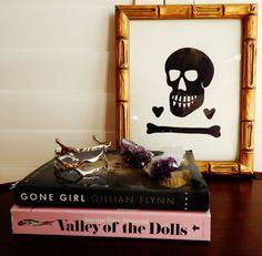 Gwinky Skull I by libertypost on Etsy