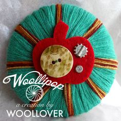 Spilla in lana ABSOLUTE MINT feltro vintage button di WOOLLOVERlab, €15.00