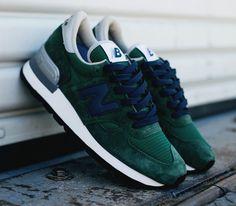 6298e4b73f08 New Balance 990 Green Blue - Sneakers   Street Culture depuis 2005
