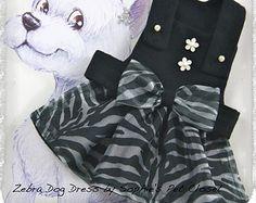 Impreso cebra perro - S, M, L, cebra perro vestido de la manera, ropa del perro de estampado de cebra, cebra blanco negro perro ropa, vestido con estampado Animal.