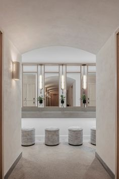 The WELL, A Private Members Health And Wellness Club - Flatiron, New York - The Cool Hunter - Travel tips - Travel tour - travel ideas Spa Design, Club Design, Lounge Design, Wellness Club, Health And Wellness, Wellness Center, Wellness Spa, Wellness Studio, Spa Interior