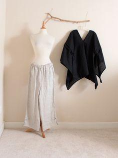 vestito di lino ingoiare pantaloni top e asiatici a mano su