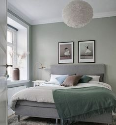 Blush Gray Copper Room Decor Inspiration Bedrooms Gray copper-room decor can be the perfect style for any bedroom, but it is also a color that works well for offices, dorms, meeting rooms, and other s. Bedroom Apartment, Bedroom Wall, Bedroom Decor, Master Bedroom, Copper Room Decor, Sage Green Bedroom, White Bedroom, Couple Bedroom, Bedroom Colors