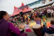 afro Caribbean Festival Bredene vrijdag, 9 augustus, 2013 - zaterdag, 10 augustus, 2013 Welkom op het grootste wereldmuziekfestival van de kust! Snuif de zuiderse sfeer op en geniet er van onvervalste muzikale toppers. Er is ook heel wat animatie met workshops salsa, allerlei exotische eetkraampjes,... Niet te missen dus. Viva la Fiesta!