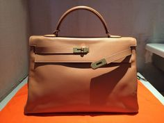 *** HERMES Kelly 40 Courchevel....x