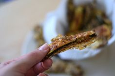Knusprige Low Carb Zucchini-Sticks #snack #lunch