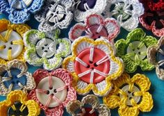 Colourful crochet flowers with button centre By craftandfun.com