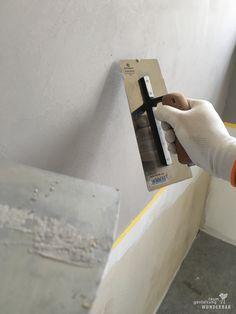 """Making-Of: Natürliche Grautöne - Küchenrückwand """"Wolfsgrau"""" in Handarbeit #gestaltung #wandbelag #renovieren #sanieren #fliesenbeschichtung #fugenlos #swissmade #handwerk  #lebewunderbar #zürich"""