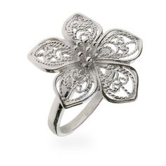 Flower Filigree Ring Sterling Silver Set at Eve's Addiction! Inspired antique filigree ring and vintage filigree ring, sterling silver filigree ring online. Filigree Jewelry, Sterling Silver Filigree, Stone Jewelry, Metal Jewelry, Jewelry Box, Jewlery, Vintage Style Rings, Vintage Jewelry, Handmade Jewelry