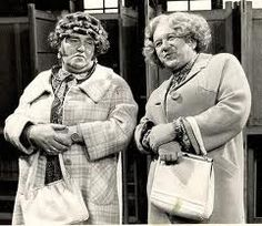 Les Dawson & Roy Barraclough as Cissie and Ada.so funny the faces Les Dawson pulled! 1970s Childhood, My Childhood Memories, Les Dawson, Wedding Jokes, Jokes About Men, Comedy Actors, Classic Comedies, British Comedy, English Comedy