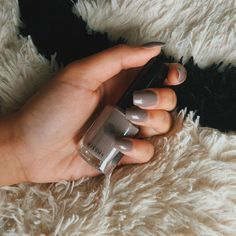 The Best Shiny Grey Nail Polish Color to Try This Winter