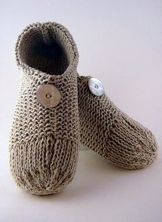 Ravelry: Double-Knit Slippers pattern by Laurie Gonyea