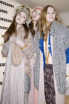 L-R Imogen Morris Clarke, Karlie Kloss & Toni Garrn backstage at Missoni Fall 2009.