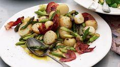 Warm potatoe salad looks lush for the summer