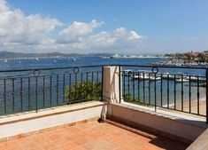 House for sale Saint-Tropez Sea State, Pearl Beach, Sitges, Most Beautiful Cities, Saint Tropez, Byron Bay, Pent House, Townhouse, Swimming Pools