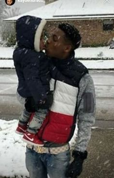 Rapper Outfits, Swag Outfits Men, Father And Baby, Daddy And Son, Young Boy Haircuts, Gucci Baby Clothes, Nba Video, Best Rapper Alive, Baby Boy Swag