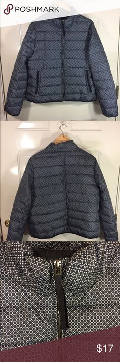 Navy/White Puffer Jacket Sz. XL Navy w White puffer jacket Sz. XL Cute Design, Never worn jcpenney Jackets & Coats Puffers