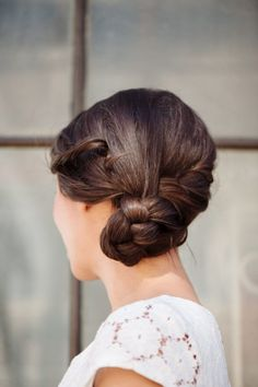 30 Unique Wedding Hair Ideas You'll Want to Steal. Chic and Luxurious Wedding Hair Inspiration for Jenny Buckland Wedding Braids, Bridal Hair Updo, Elegant Wedding Hair, Short Wedding Hair, Luxe Wedding, Summer Wedding, Medium Hair Styles, Short Hair Styles, Unique Wedding Hairstyles