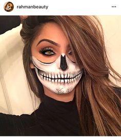 Half skull Half skull Source by kikigl Looks Halloween, Cool Halloween Makeup, Halloween Outfits, Halloween Costumes, Facepaint Halloween, Halloween Face Paintings, Sugar Skull Halloween Makeup, Diy Halloween Face Paint, Halloween Makeup Tutorials