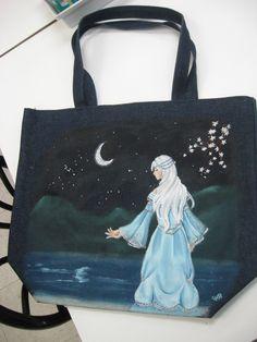 Peint à http://www.atelierdecocadeau.com/ peinture sur tissu! Peint par une cliente régulière #bag #tissu #sac #peinture #paint #textile