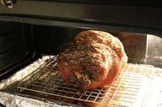 Looking for a super easy way to cook keto pork shoulder or pork butt? Best Pork Chop Recipe, Prime Rib Recipe, Pork Roast Recipes, Meat Recipes, Dinner Recipes, Cooking Recipes, Pork Shoulder Picnic Roast, Roasted Pork Shoulder Recipes, Pork Picnic