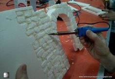 in this Step-by-Step guide, I will explain how to create old brick walls for a miniature Diorama. in this Step-by-Step guide, I will explain how to create old brick walls for a miniature Diorama. Christmas Village Display, Christmas Villages, Christmas Nativity, Christmas Crafts, Christmas Tree, Old Brick Wall, Brick Walls, Decoration Creche, Foam Carving