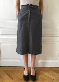 Kaufe meinen Artikel bei #Kleiderkreisel http://www.kleiderkreisel.de/damenmode/knielange-rocke/149099448-grauer-vintage-lederrock
