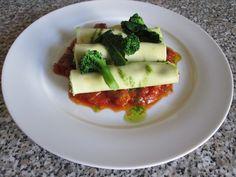 Pàtes  Cannelloni  farci de    broccoli et  pommes  de  terre  ragout  de  saucisse   de porc  Gino D'Aquino